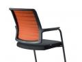 Interstuhl bezoekersstoel met armleggers netbespanning 570H