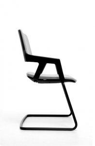 Interstuhl MOVYis3 bezoekersstoel swingframe zitting rugleuning gestoffeerd stapelbaar 56M0
